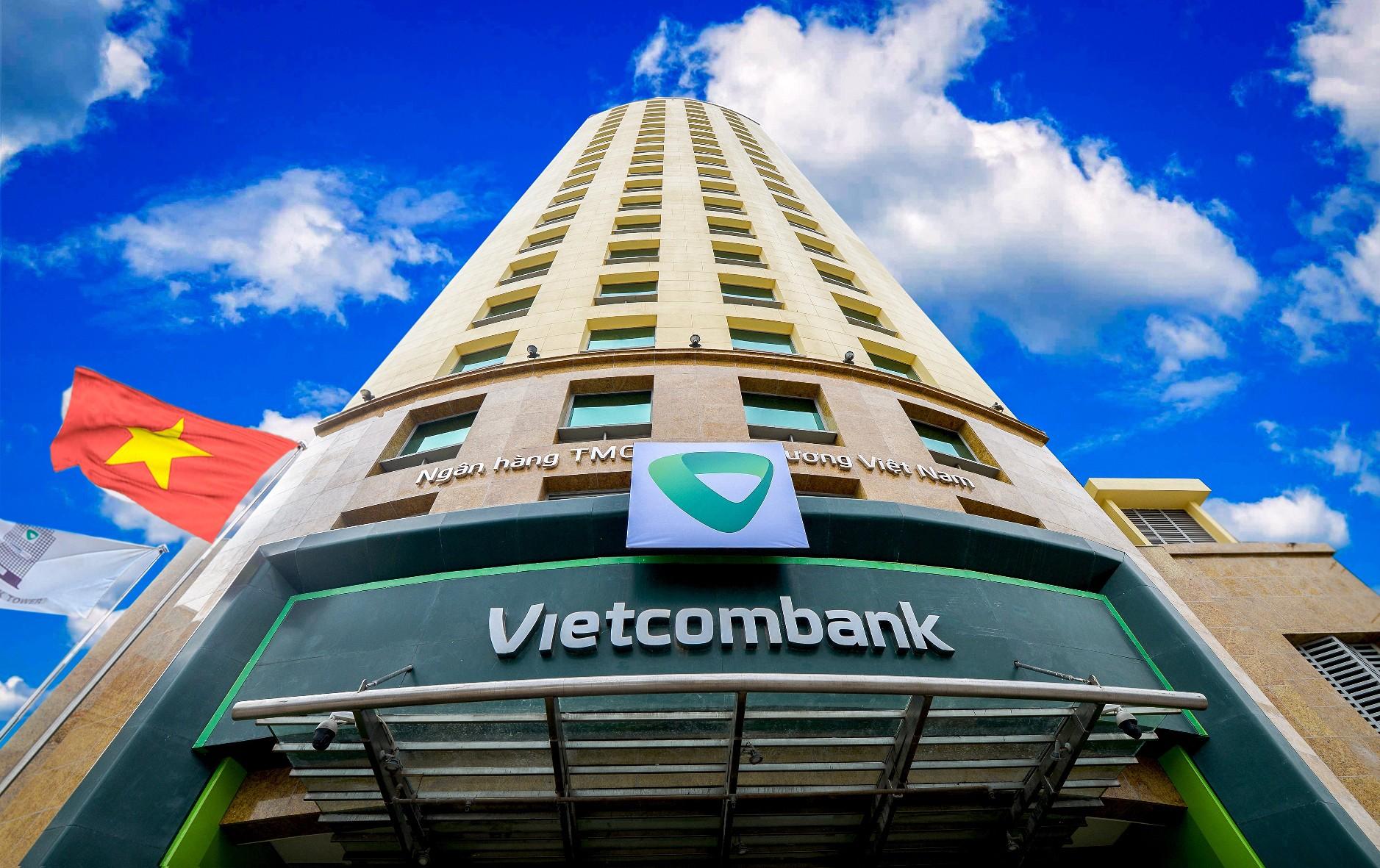 vietcombank-toa-nha-tru-so-chinh-1-1615268851.jpg
